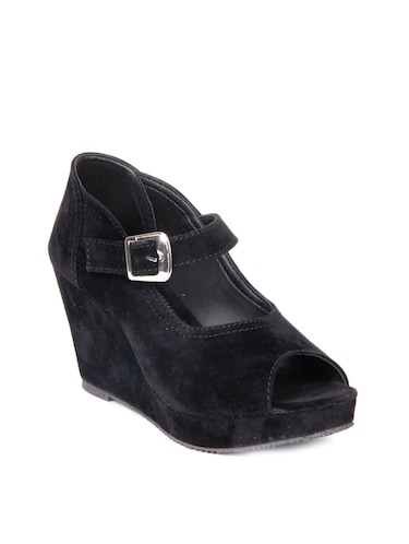 cd124397c Buy Kielz-black-wedge-sandals for Women from Kielz for ₹796 at 47 ...