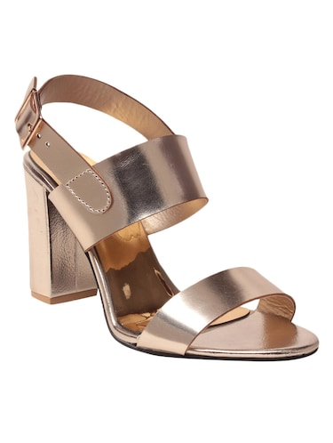 3f77880ca8e 2017 trends for footwears... High Hills.... Block heels... Glass heels..  Holographic heels.... Tie up heels... Chunky heels... Glitter shoes
