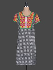 Round Neck Short Sleeves Printed Cotton Kurta - Taaga