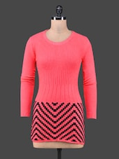 Chevron Pattern Round Neck Red Top - By