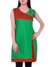 Green Printed Cotton Round Neck Kurti - Sequins