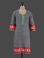 Quarter Sleeves Motif Printed Cotton Kurta - Shwetna.com