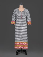 Black Printed Cotton Round Neck Kurta - SHREE