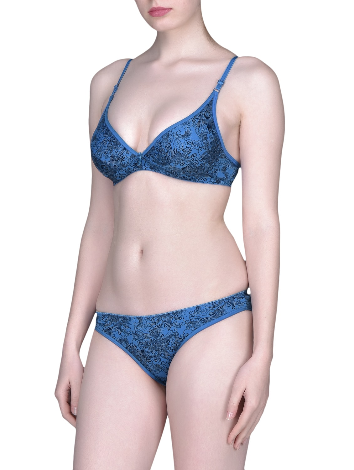 304cd71b113 Buy Blue Floral Bra And Panty Set for Women from Desiharem for ₹640 at 0%  off