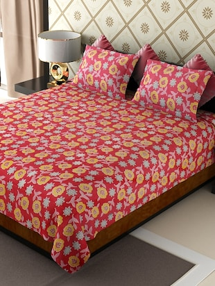 Buy Set Of 2 Floral Printed Double Bed Sheet With 4 Pillow Covers By  Amethyst   Online Shopping For Bed Sheet Sets In India | 12328632