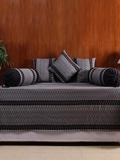 House This The 70S Chevron 100% Cotton 1 Bedcover & 2 Bolster Covers & 3 Cushion Covers - Black -  online shopping for diwan sets
