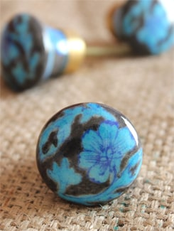 Blue Floral Ceramic Knobs (Set Of 6) - NEERJA