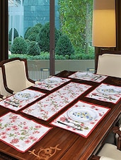 Avira Home Blossom Table MAT  Runner Set-7 Pcs (6 Placemats & 1 Runner)-Machine Washable - By
