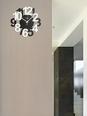 Black Wooden Bold & Beautiful Wall Clock - By