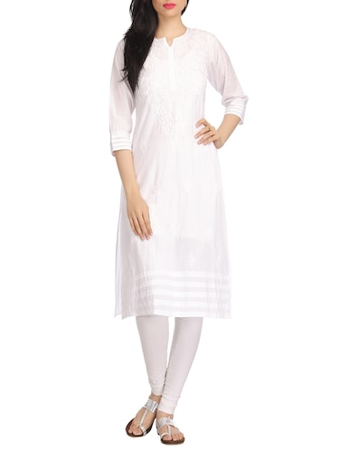 White chikankari embroidered cotton kurta - 12788690 - Standard Image - 1