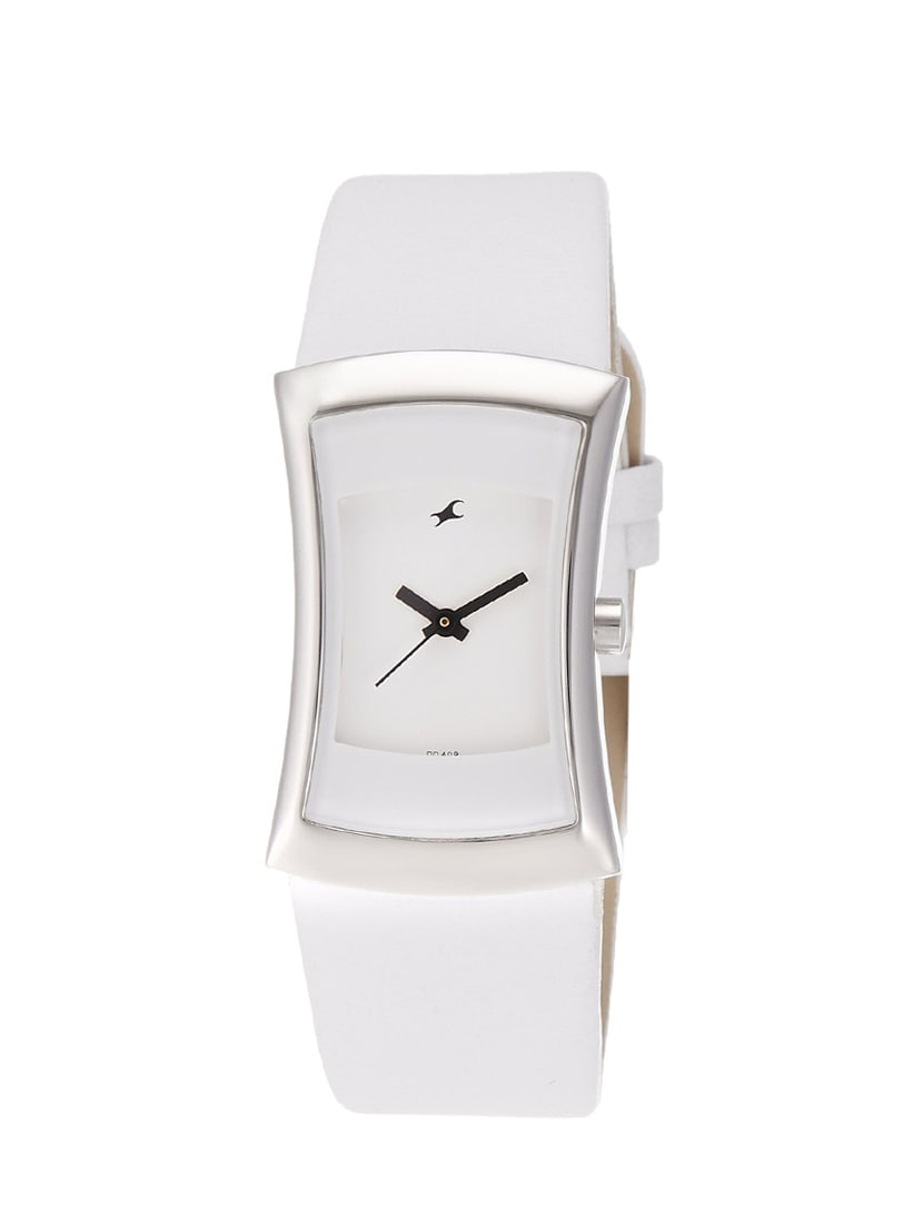 bb77f5613 Buy Fastrack Fits And Forms Analog White Dial Women s Watch - 6093sl01 for  Women from Fastrack for ₹2195 at 0% off