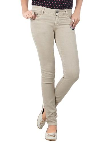 b4359797f03eeb Jeans