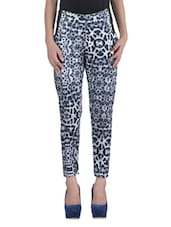 Black Lycra Printed Jeggings - By