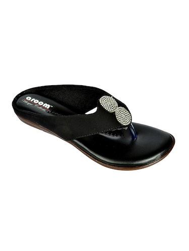 Sandals for Ladies - Upto 70% Off  03d8a1650efb