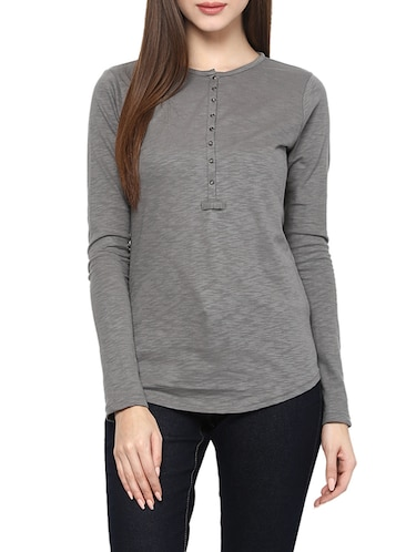 4954010e133 T Shirts for Women - Upto 70% Off