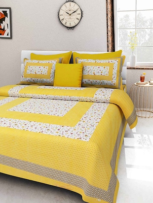 Priyansh Yellow Printed Cotton Double Bed Sheet With 2 Pillow Covers -  online shopping for bed sheet sets
