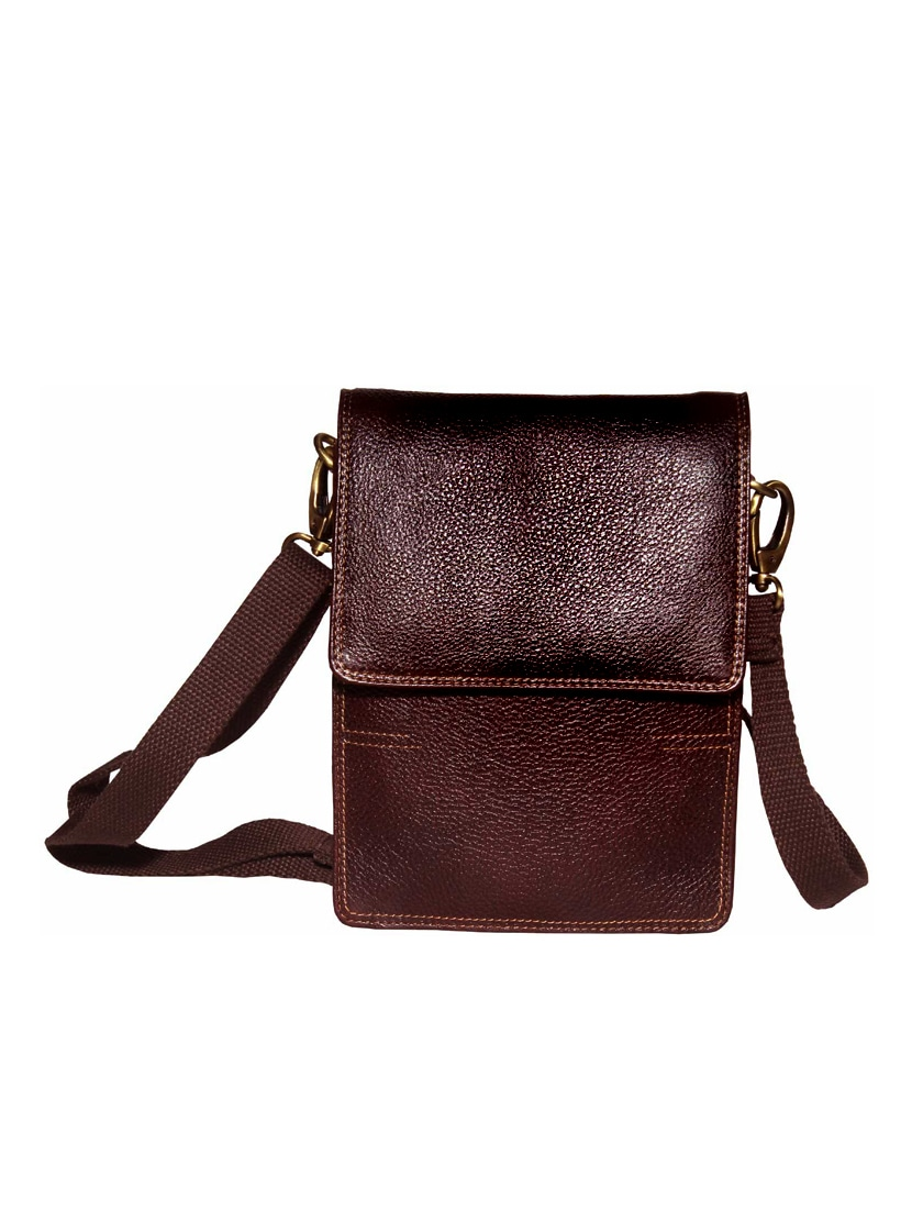 brown leather messengerbag