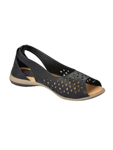 ccd42c2cb962 Footwear for Women - Upto 70% Off