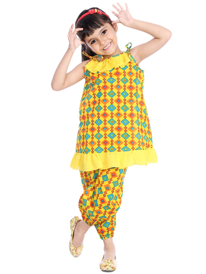 c4ddd14760 Buy Yellow Colored Cotton Pyjama Set Nightwear by Little Pockets Store - Online  shopping for Nightwear in India
