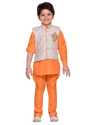 orange cotton blend kurta set and waistcoat - 14537654 - Standard Image - 4