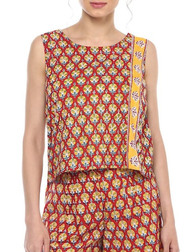 98f639cf363 Buy White Crepe Kurti for Women from Ahalyaa for ₹454 at 58% off ...