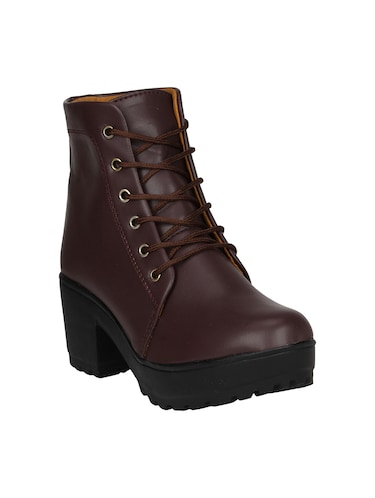 3b723aa457a7 Boots for Women - Upto 65% Off