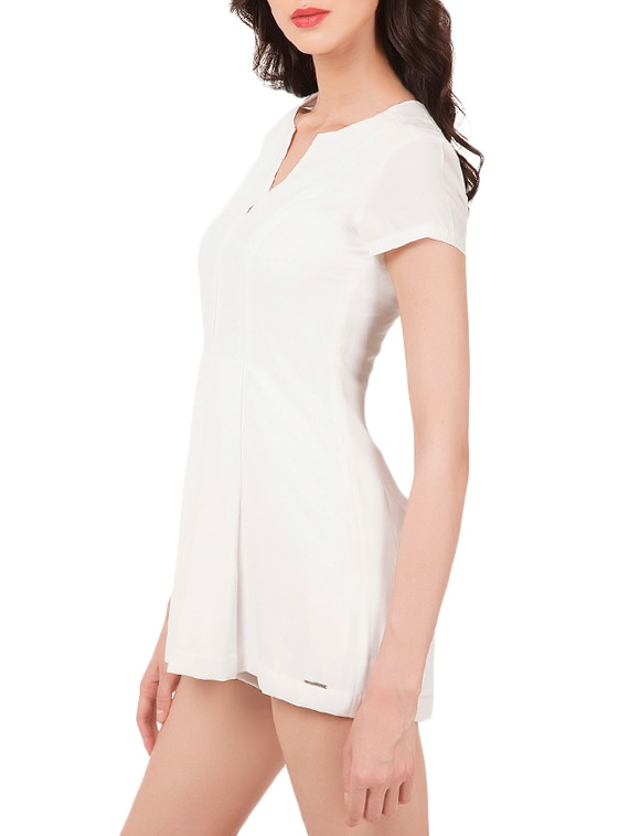 b40bbb2a10c1 Buy Solid White Romper Jumpsuit for Women from Oxolloxo for ₹989 at 67% off