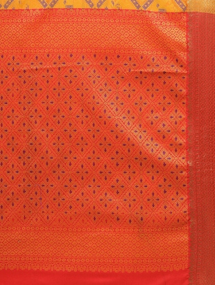 Zari bordered woven saree with blouse - 14909569 - Standard Image - 4