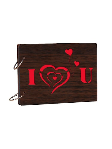 "Wooden ""I Love You"" brown photo album - 14941687 - Standard Image - 1"
