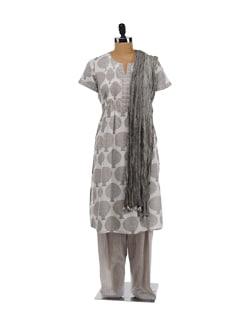 Grey Printed Kurta With Salwar And Wrinkled Dupatta - KILOL