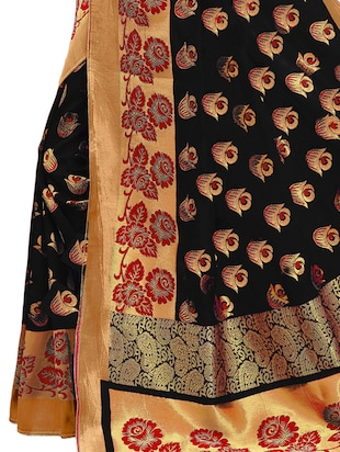 black banarasi silk saree with blouse - 15013165 - Standard Image - 4