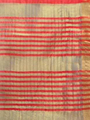 red cotton silk woven saree with blouse - 15016852 - Standard Image - 4