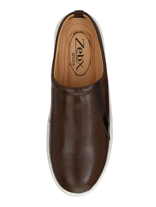 brown Leatherette casual slipon - 15025990 - Standard Image - 4