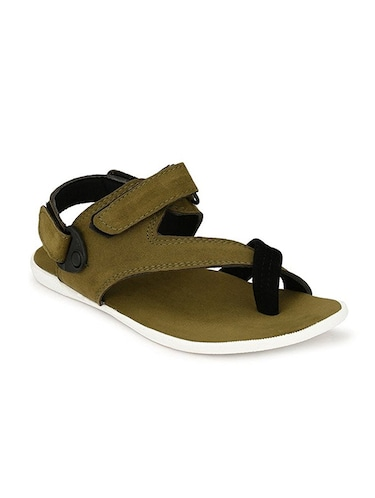 ef8608e9 Men Sandals And Floaters