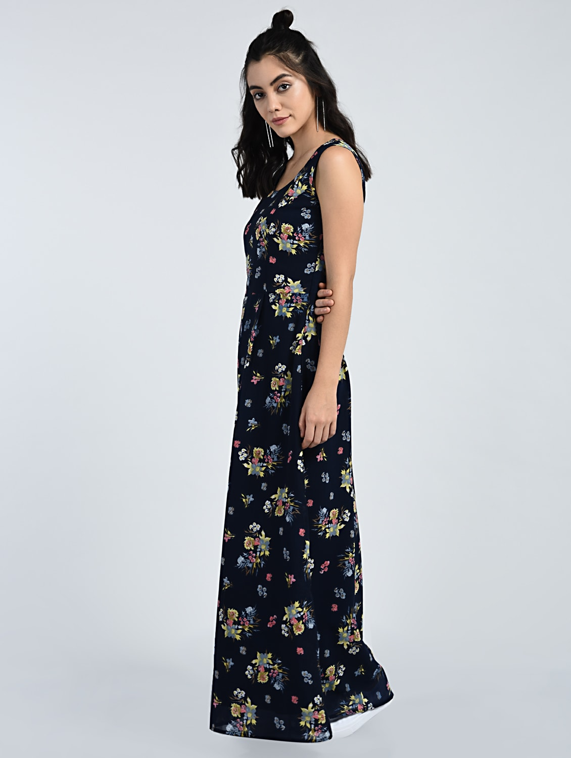 d81425f37eab0 Buy Floral Sleeveless Maxi Dress for Women from A K Fashion for ₹855 at 39%  off