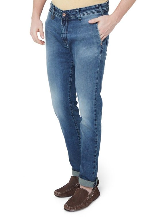 46bd68cb Buy Blue Cotton Blend Washed Jeans for Men from Peter England for ₹1430 at  47% off | 2019 Limeroad.com