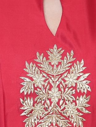 Red embroidered silk flared gown - 15195495 - Standard Image - 4