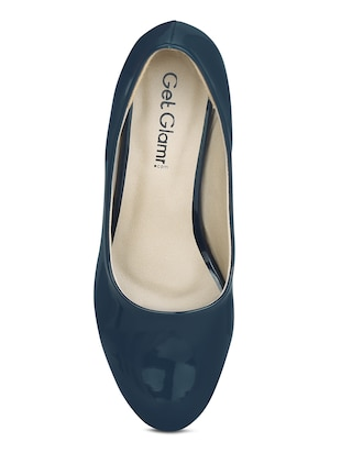 navy leatherette slip on pumps - 15221024 - Standard Image - 4