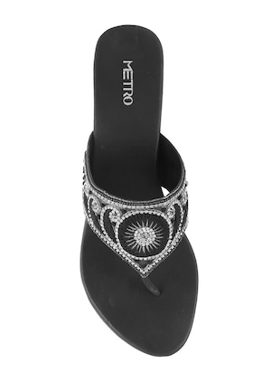 black faux leather toe separator sandals - 15339533 - Standard Image - 4
