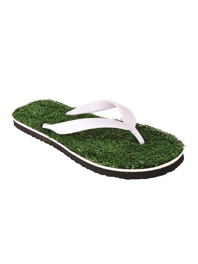 7552b7af76e6 Buy Green Rubber Toe Separator Flip Flop for Men from Drunken for ₹505 at  47% off