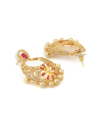 gold metal chandballi earring - 15364150 - Standard Image - 4