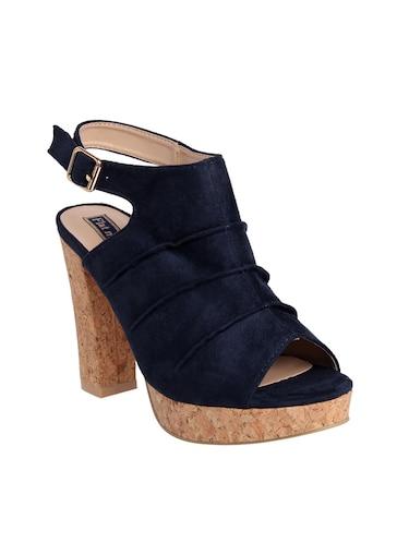 13583f83fab Flat N Heels Online Store - Buy Flat N Heels Flip flops, wedges ...
