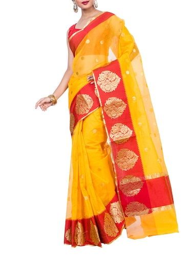 zari woven contrast border saree with blouse - 15398266 - Standard Image - 1