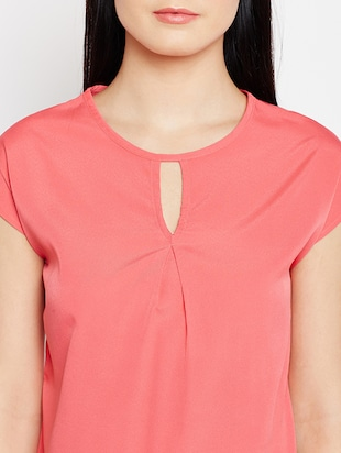 keyhole neck button back top - 15415744 - Standard Image - 4