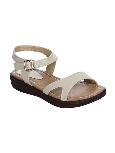 835a3ca0e98 Flat Sandals For Women - Upto 70% Off