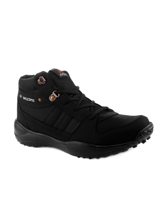 bdbd6a58f1582 Black Leatherette Trekking Shoes