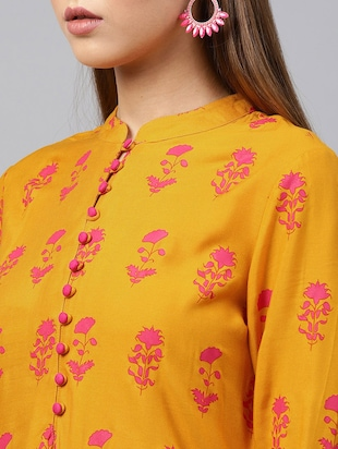 Floral bell sleeved kurta with palazzo set - 15586829 - Standard Image - 4