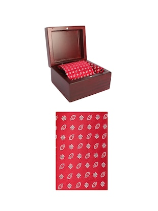 red microfiber tie with pocketsquare - 15612104 - Standard Image - 4
