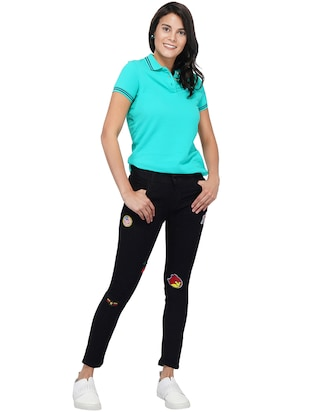 mid rise graphic patch jeans - 15621501 - Standard Image - 4