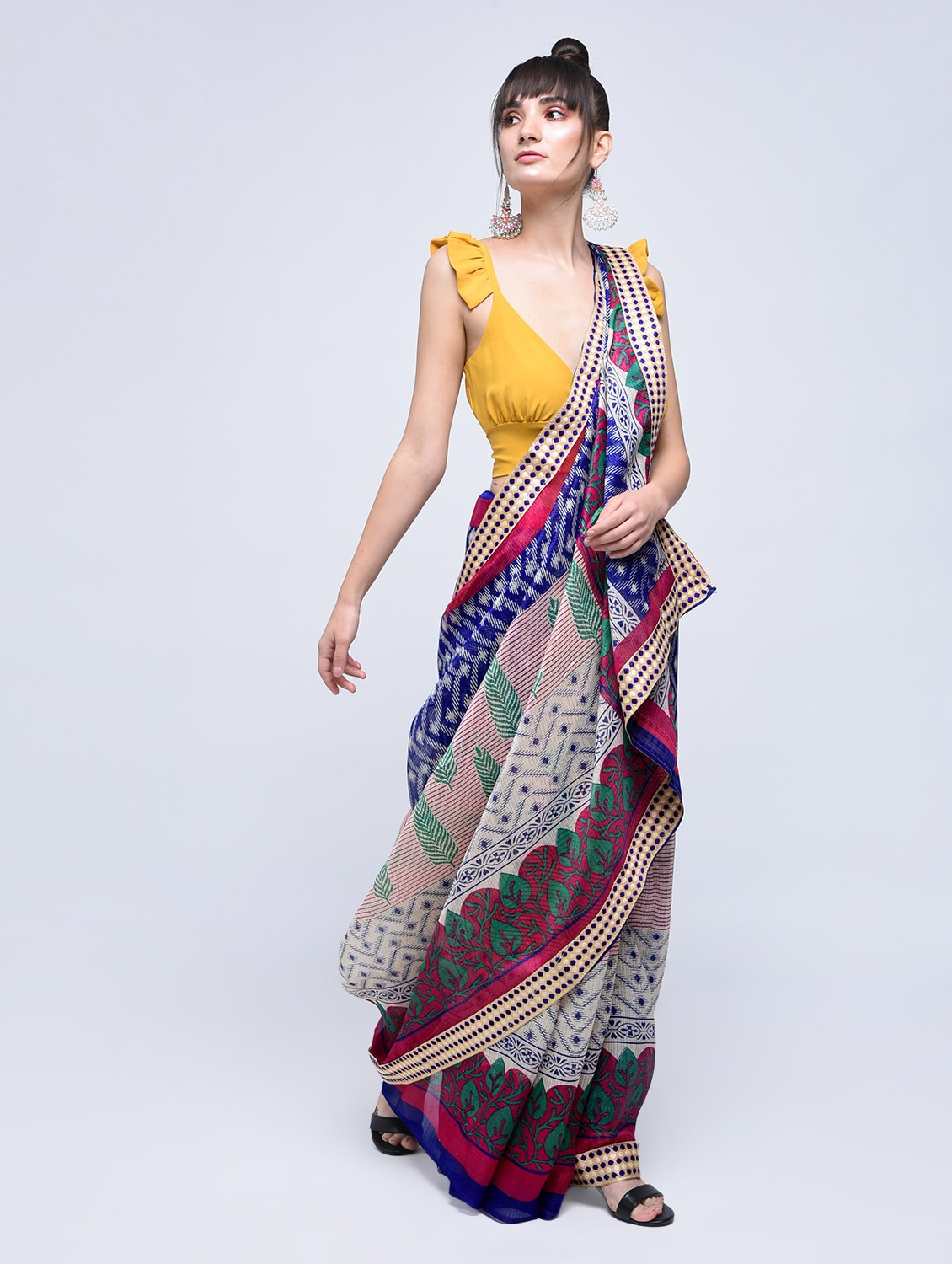 79f6f22f57 Buy Geometrical Kota Doria Saree With Blouse by Rajgharana Exports - Online  shopping for Sarees in India